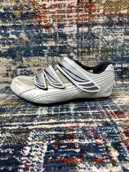 SHIMANO WR35 White Cycling Shoes Womens 39, Size 7.2US w/ SP